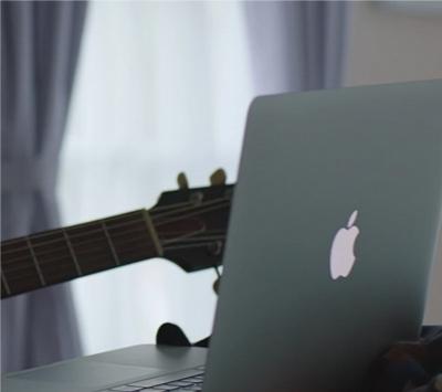 Рекламный ролик Apple